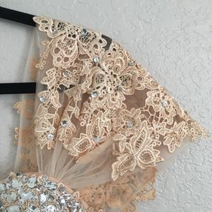 Dresses - Beautiful wedding gown/ evening gown with lace